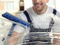 4 bonnes raisons de confier le lavage de vitres à des professionnels